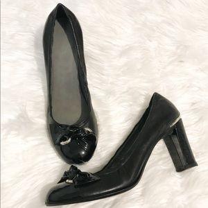 Stuart Weitzman leather bow chunky heels